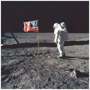 23_neil_armstrong_mini